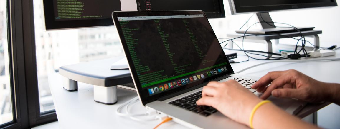 ¿Cuánto gana un Full Stack Developer como profesional?